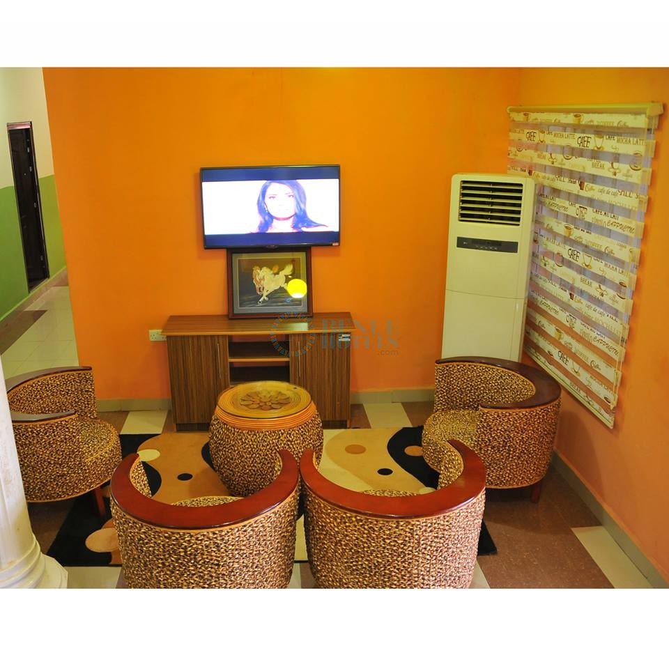 lois hotels makurdi reception